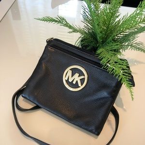 Michael Kors crossbody bag. 100% authentic.
